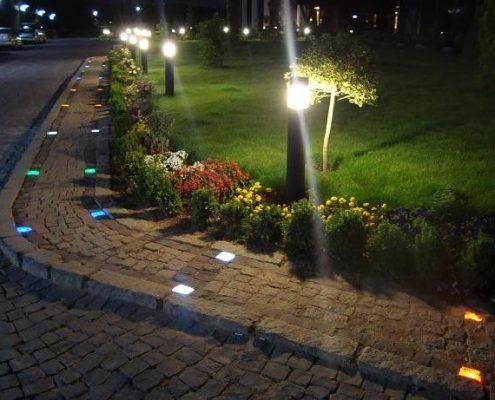 چراغ خیابانی LED - گروه صنعتی مهر تولید کننده محصولات نورپردازی و روشنایی